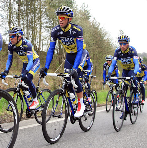 Contador recons LBL with team
