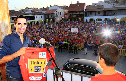 Alberto Contador shares the joy with Pinto